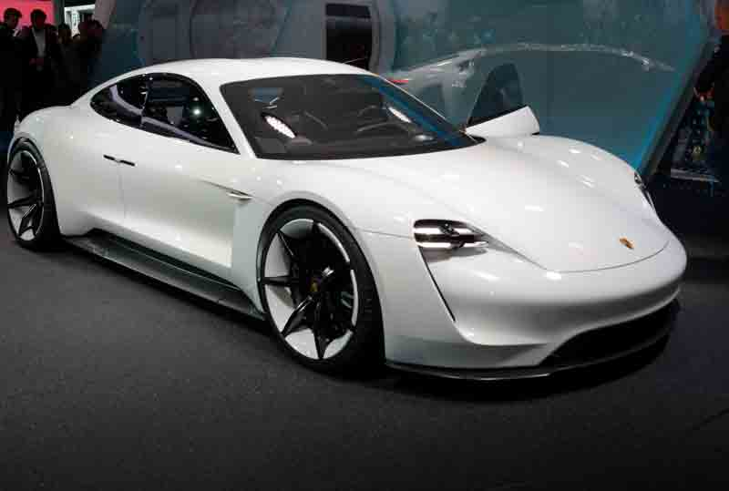 Electric Kids Cars >> Porsche's version of the electric car, Mission E, is coming to the streets in 2019 - Helios7.com